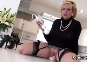 Unfaithful british mature lady sonia showcases her enormous boobs