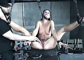 Hanging upside down submissive India Summer gets pussy lips clipped
