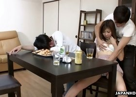 Japanese nympho Hitomi Okubo lets a stranger touch her pussy