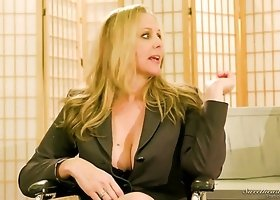 Real legendary porn actress Julia Ann in backstage xxx interview