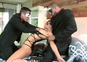 Dazzling beauty Asa Akira is fucking passionately in MMF threesome