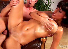 Brunette Veronica Vanoza is riding on the dick