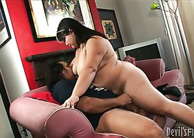 Nasty fat harlot Kelly Shibari pleases eager dude Ron Jeremy